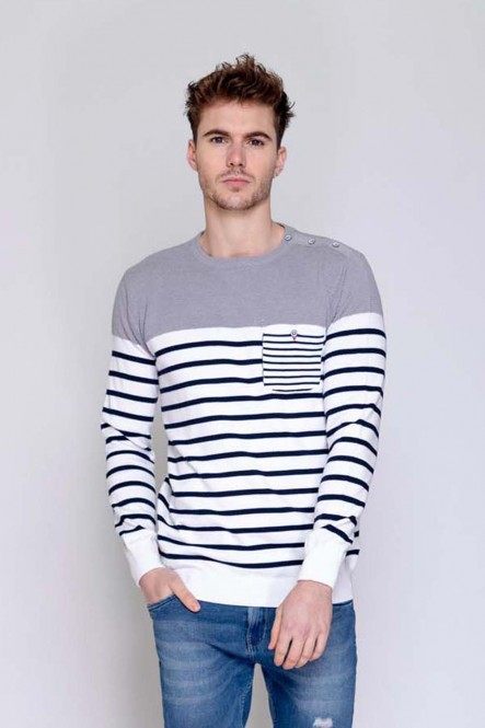 Striped thin sweater...