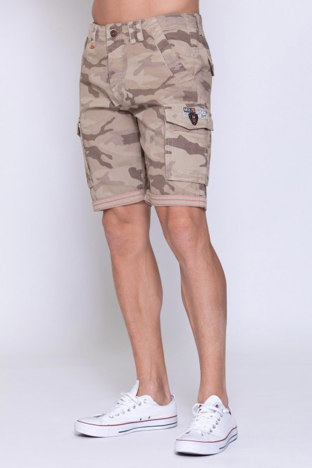 Camouflage multipockets...
