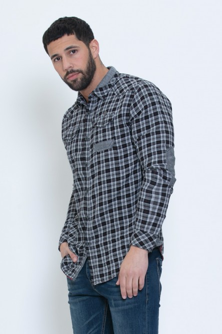 Plaid long sleeves shirt...