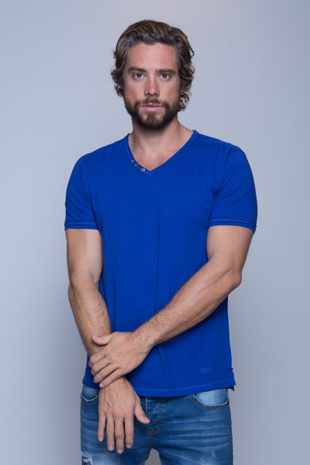 V neck short sleeves tshirt...