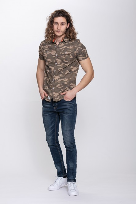 Camouflage short sleeves...