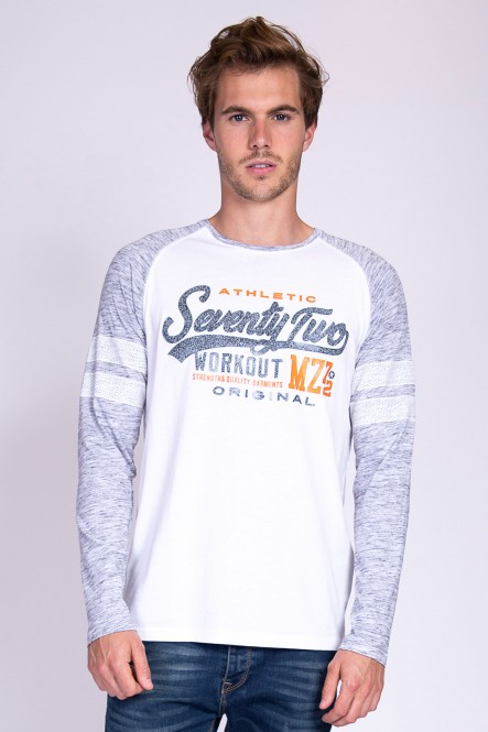 Long sleeves tee-shirt...
